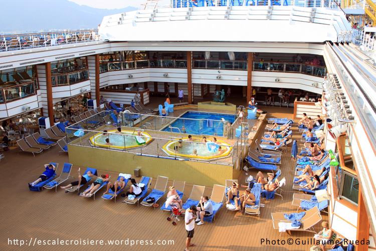 Costa favolosa escale croisi re - Costa luminosa piscine ...