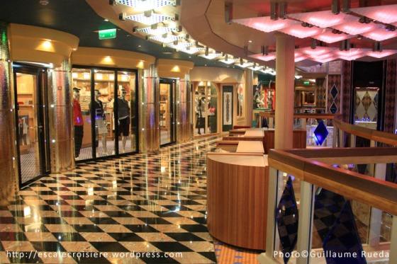 Costa Favolosa - Boutique