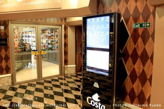 Costa Favolosa - borne de réservation d'excursions