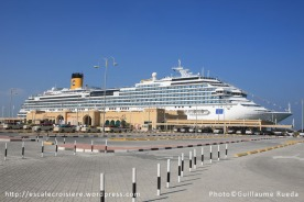 Dubaï : Gare maritime de Port Rashid - Costa Favolosa à quai