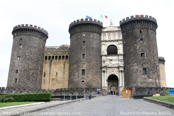Castel Nuovo - Naples