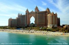 Plage de l'hôtel Atlantis