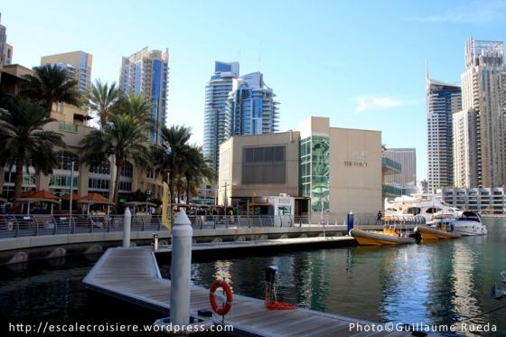 Marina Walk - Quai d'embarquement