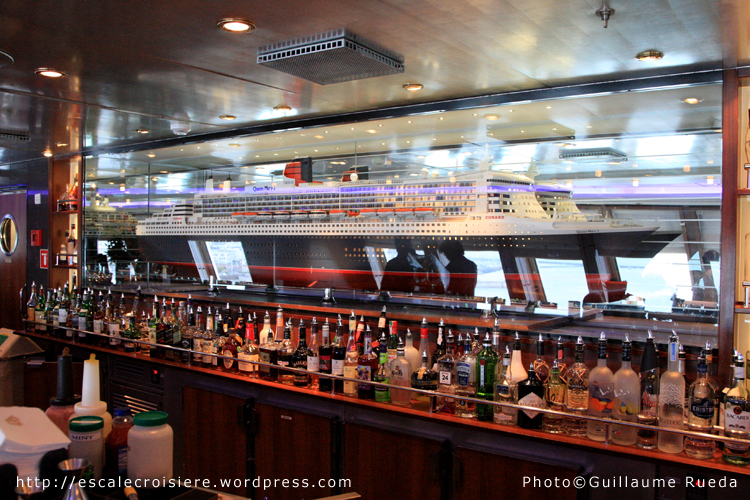 Queen Mary 2 - Bar