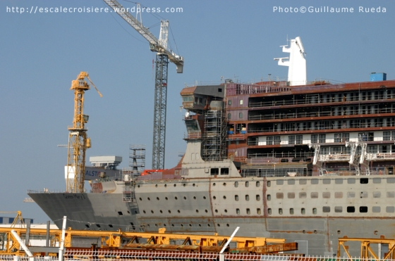 Queen Mary 2 - Construction