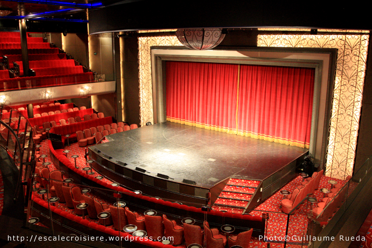 Queen Mary 2 - Théâtre