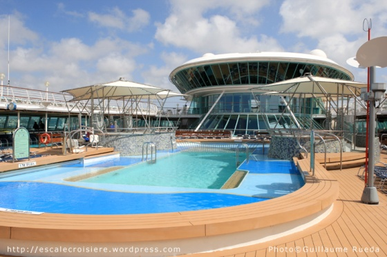 Vision of the Seas - Piscine