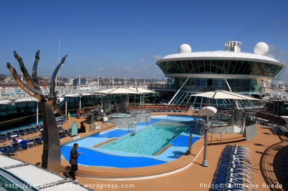 Piscine extérieure - Vision of the Seas
