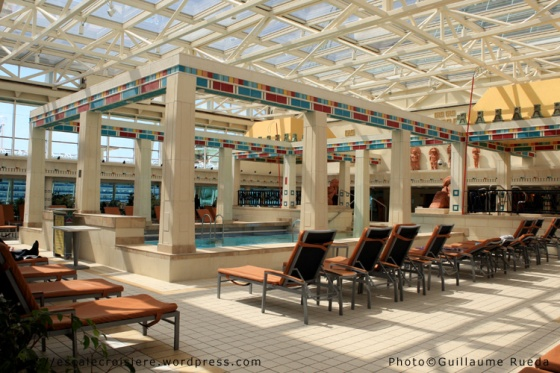 Piscine Intérieure - Vision of the Seas