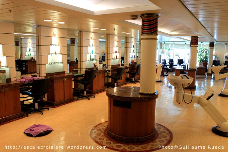 Salon de coiffure vision of the seas blog escale croisi re for Salon de coiffure dubai