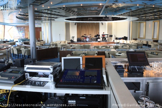 Constellation Lounge - Celebrity Infinity