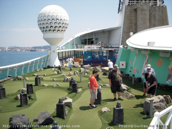 Liberty of the Seas - Mini golf