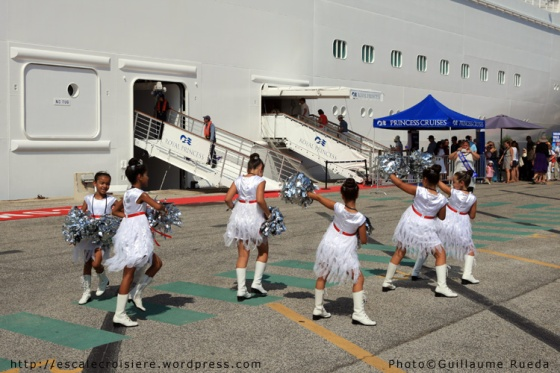 Royal Princess - Accueil à Toulon - Majorettes