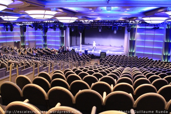 Royal Princess - Theatre