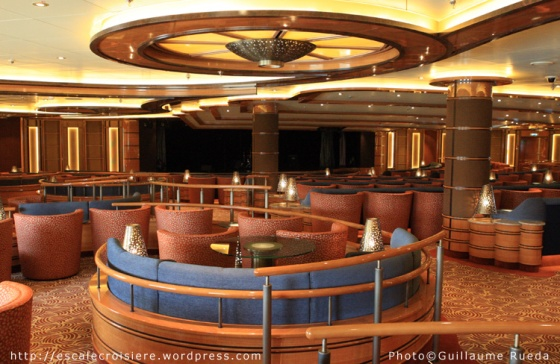 Royal Princess - Vista Lounge