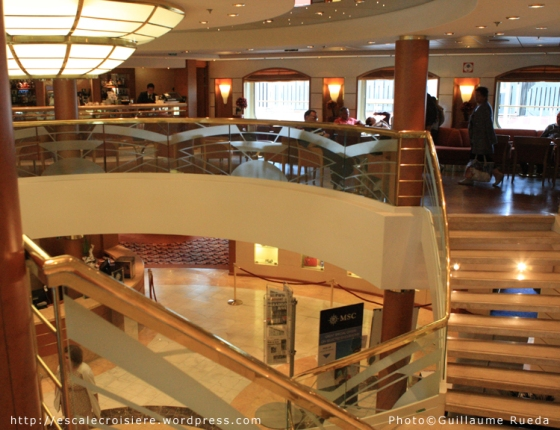 MSC Opera - Atrium