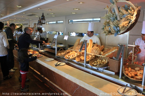 MSC Opera - buffet