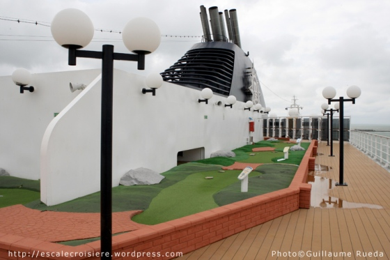 MSC Opera - Mini golf