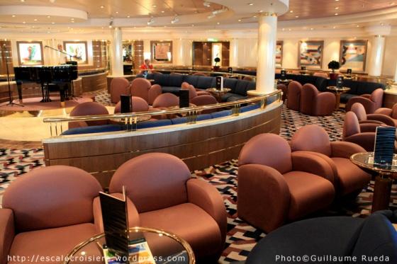 MSC Opera - Piazza di Spagna Lounge