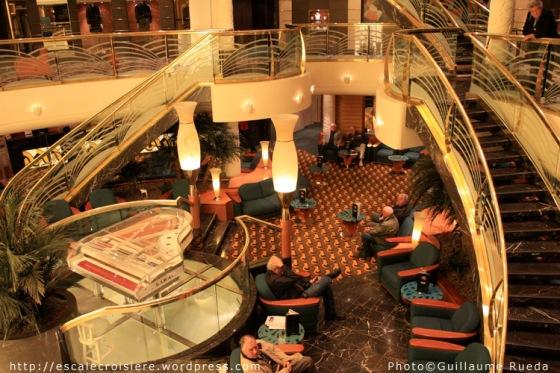 MSC Musica - Atrium