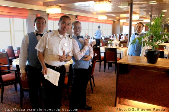 Thomson Spirit - Restaurant Crew members