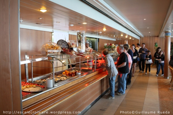 Costa Victoria - Bolero Restaurant Buffet