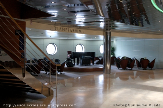 Costa Victoria - Planetarium Bar