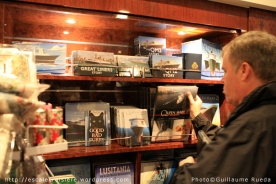 Queen Mary 2 - Librairie - Book shop