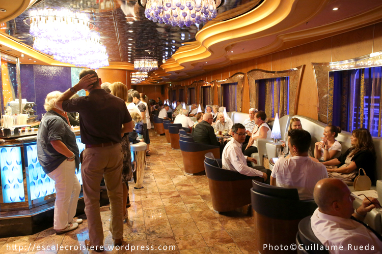 Costa Luminosa - Bar Lounge Virgo
