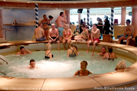 Adventure of the Seas - Jacuzzi intérieur