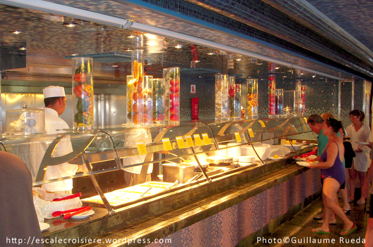 Costa Luminosa - Restaurant Buffet Andromeda