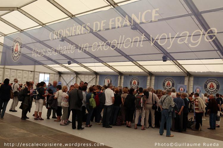 Calais port d embarquement pour le paquebot horizon de croisi res de france blog escale croisi re - Port embarquement croisiere marseille ...