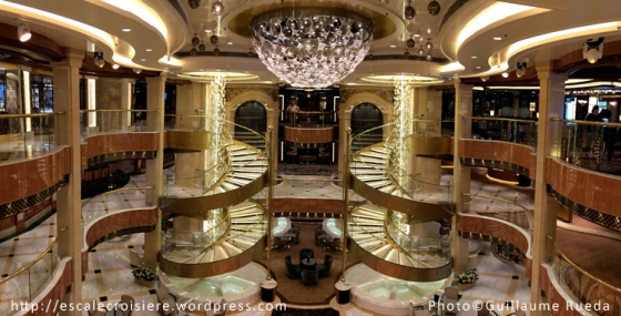 Regal Princess - Atrium