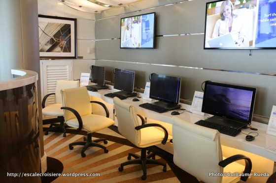 Regal Princess - Internet Café