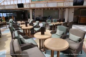Queen Elizabeth - The Garden Lounge