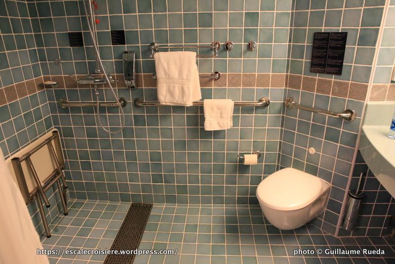 Costa diadema cabine solo handicap 11070 blog for Salle de bain handicape norme