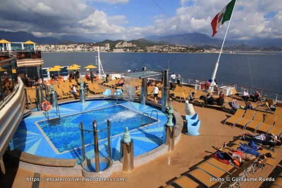 Costa Diadema - Piscine arrière - Lido Stella del Sud