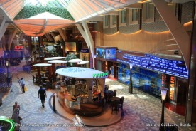 Oasis of the Seas - Royal Promenade