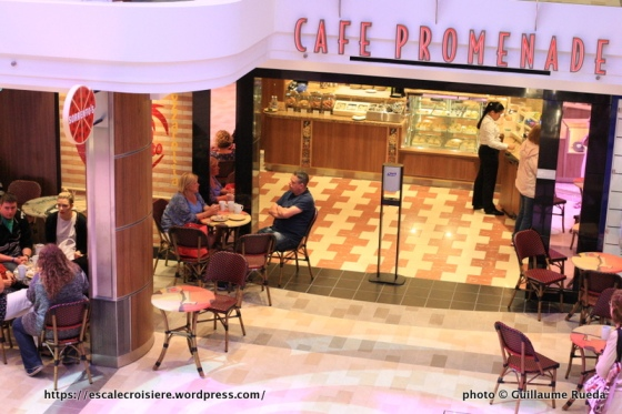 Anthem of the Seas - Royal Esplanade - Café Promenade