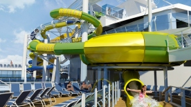 Harmony of the Seas - Toboggans sur The Pool