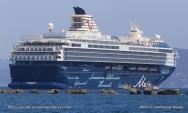 Mein Schiff 2 au mouillage à Toulon