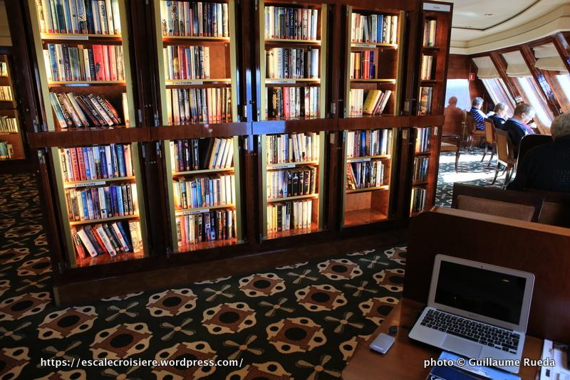 Queen Mary 2 - Bibliothèque