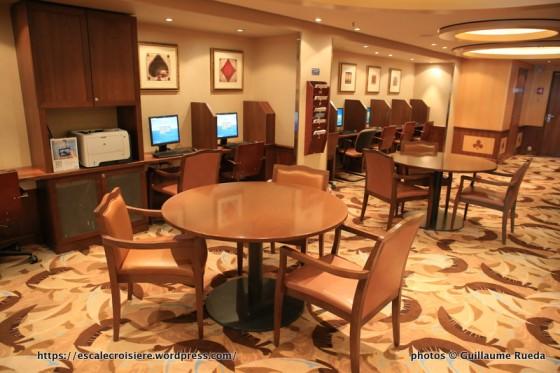 Allure of the Seas - Espace Internet et jeux de société