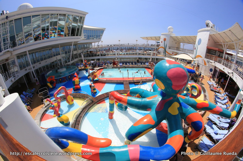 Allure of the Seas - Pool and Sports zone - H2O Zone
