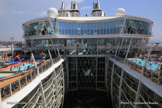 Allure of the Seas - Pool and Sports zone - H2O zone et Sports pool