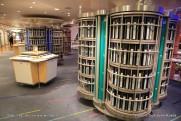 Allure of the Seas - Royal Promenade - Boutique photo