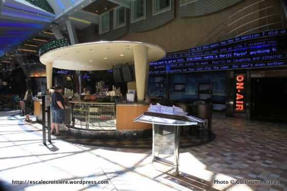 Allure of the Seas - Royal Promenade - On Air Karaoke