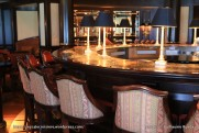 Crystal Serenity - Avenue Saloon