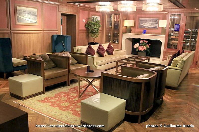 Costa neoRomantica - Cigar Lounge