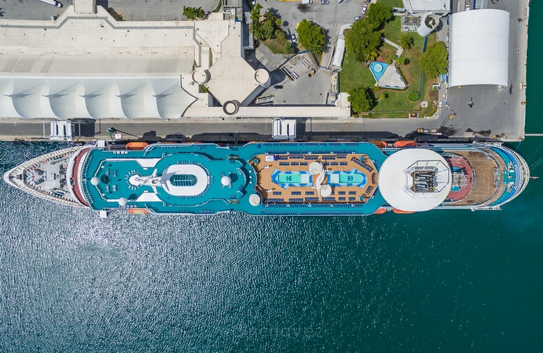 Majesty of the Seas - Royal Caribbean - Edin Chavez